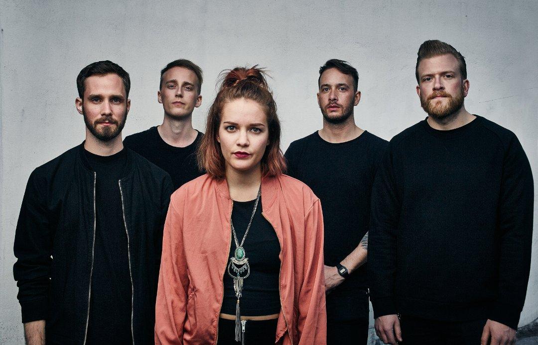 LOVENDE: KitFai består av Bodil Kvangarsnes, Rein Blomquist, Andreas Engeseth, Markus Lind Aase og Arne Steinar Myrvang.