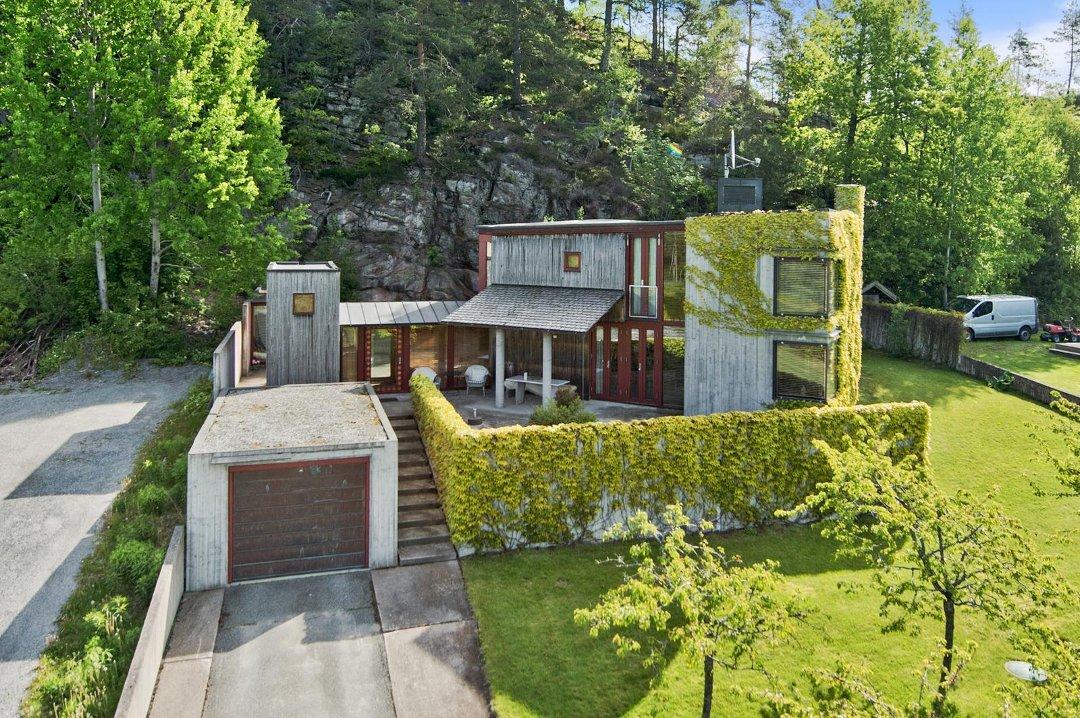 Hus til salgs på hurum
