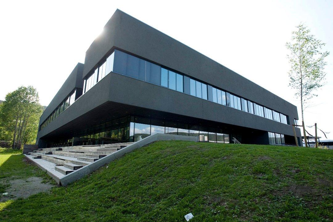 Drammens Tidende Ny Ungdomsskole Pa Askollen Har Vi Rad Til A La Vaere