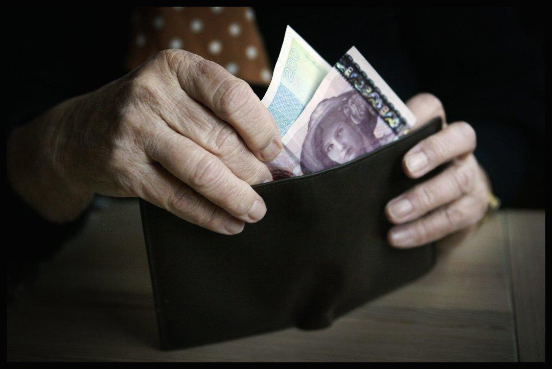 bb626210 Tidens Krav - Bestemødre punger ut for barn og barnebarns julegaver