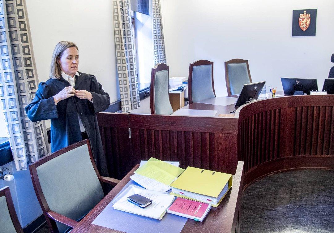 BA mener: Ledelsen må ta grep for å beholde juristene
