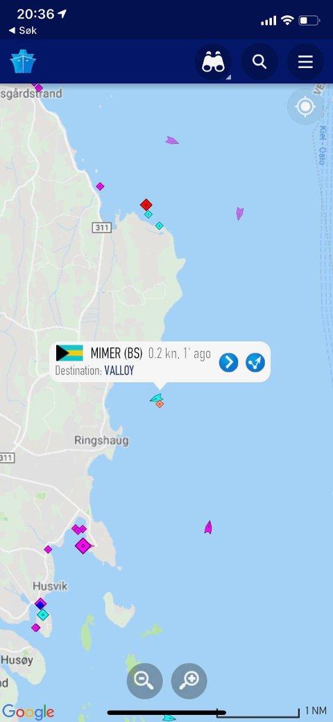 FÅR HJELP: Det interaktive kartet på marinetraffic.com viser at Mimer ligger utenfor Skallevold.