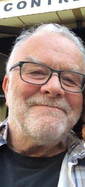 SAVNET: Onsdag kveld ble det satt i gang et omfattende søk etter en 70 år gammel mann i Saggrenda. Leteaksjonen pågår fremdeles torsdag morgen.