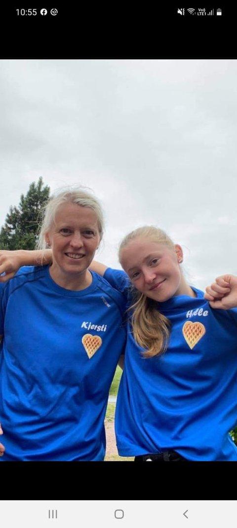 FERDIG: Kjersti (t.v.) og Helle etter målgang søndag, og 154 høydemeter i beina.