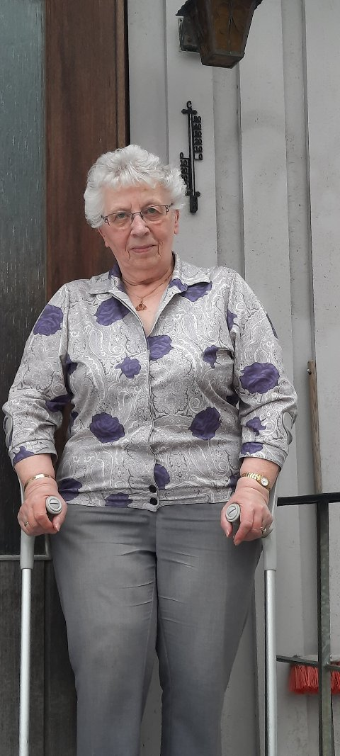 SKEPTISK: – Jeg kommer ikke til å sitte stille i båten hvis det blir mye tull med pasientreiser i tida framover, sier en engasjert 82-åring.