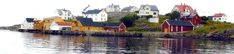 Det skal lenge har vært et betent forhold mellom Hustadvika kommune (som ble etablert 1. januar i år da Eide og Fræna ble slått sammen) og eierne av fritidseiendommer på Bjørnsund.