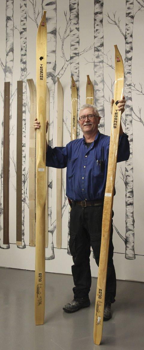 Store ski: De lengste skiene er 270 cm lang og 95 millimeter bred. – De er ekstreme jaktski, forteller Tomas Nilsson.