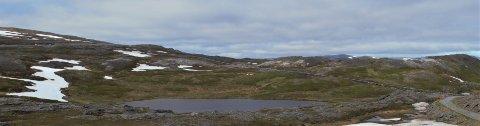 Anleggsveien som er anlagt fram til Skonnertfjellet tar av fra veien mellom Breivikbotn og Dønnesfjord, og er ikke tillatt for uvedkomne, skriver debattforfatteren.