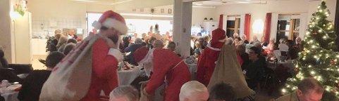Storfjellnissene fant også veien til festen,til stor glede for liten og stor.