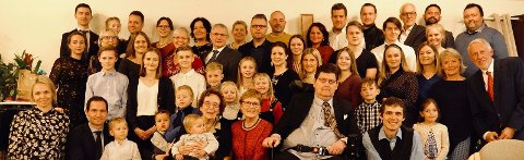 Ingeborg Haga med storfamilien