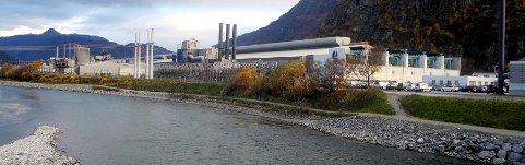 Hydro Sunndal fikk overskudd i første kvartal, men er bekymret over blant annet økte nettleiekostnader.