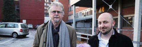 FÅR STØTTE: Arne Repål (til venstre) og Anders Johansen har begge prosjekter på gang ved Sykehuset i Vestfold. Repål jobber med internetterapi for alkoholmisbrukere.
