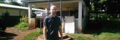 STUDIE: Øystein Haarklau Johansen fra Sykehuset i Vestfold utenfor helsesenteret i Serbo, Etiopia.
