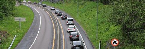 Dette var trafikken på E18 i Porsgrunn søndag kveld. Foto: Theo Aasland Valen