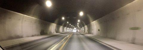 SLIK? Nesten hele strekningen Hellaveien-Prestodden-Skjærsnes-Vear-Hogsnes kan gå i tunnel. Traséen ligger under bakkenivå, plager ingen, og med litt omtanke blir ingen boliger berørt, skriver Sten Hernes.