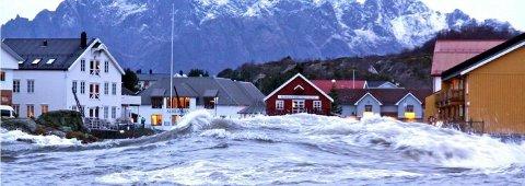 Stormflo i Kabelvåg