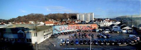 UTBYGGING: Flere planer har opp gjennom årene vært foreslått for utbygging av Carlsenkvartalet. Etter et nytt vedtak i formannskapet starter Hjertnes Eiendom på nytt med blanke ark.