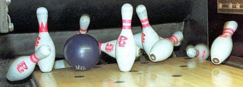 – Folket savner «Mester'n» og en bowlinghall for å treffes, spille, ta en cola/pils sammen og møtes til hyggelig samvær, skriver Jon-A. Johansen.