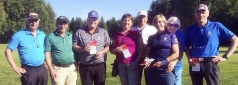 Golfere: Gunnar Hole (fra venstre), Eiliv Solheim, Klaus Olav Larsen, Toril Mork, Ole Kårvåg, Oddny Mokkelbost, Anna Rita Hole og Lars Mork. Pål Henrik Tverå og Sirpa Skomsøy var ikke til stede da bildet ble tatt.