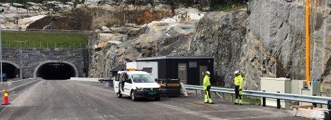 HØYTEKNOLOGISK: Sandefjord-bedriften Guard har levert avanserte styringssystemer til den nye E 18-parsellen fra Bommestad til Sky.