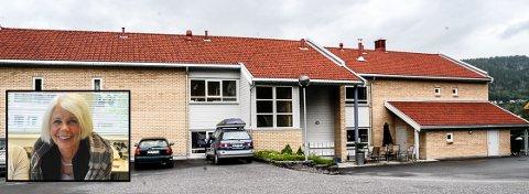 SKAL BYGGE: Kommunalsjef for helse og omsorg i Notodden, Anne Grete Rønningsdalen (innfelt), har arbeidet med å få til omsorgsboliger for voksne med funksjonshemminger i flere år. Nå iinviterer hun politikerne til å bygge blasnt annet fire nye her i Solhaugveien 2 - som fire av i alt 18 nye leiligheter. Arkvifotos