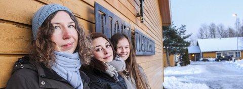 Bekymret: Lene Ottersen, May-Linn Castellan og Hedda Andersen.