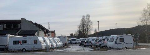 INNBRUDD: Skadeverk og innbrudd i flere campingvogner og en bobil etterforskes av politiet.