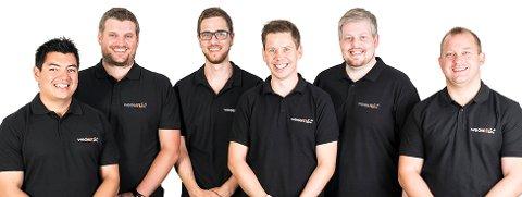 SPESIALISTER: Alle ansatte i Wedel IT er seniorkonsulenter. Selskapet bruker mye ressurser på å holde de oppdatert innenfor sine respektive fagfelt. De ansatte på bildet er f.v. Alexander Smedsrud, Espen Berger, Robert Fjerdingstad, Daniel Wedel, Owe Imerslund-Kvisler og Mikael Modin.