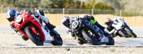 SATSER VIDERE: Caroline Olsen (nummer 43) skal kjøre roadracing for Team Norris Racing i MotoAmerica 2019.