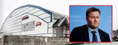 Espen Nakstad mistenker luftsmitte etter at det ble påvist flere koronasmittede i Østfoldhallen.