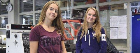 Tittel: Rine Kleppen Berseth (16) og Anita Hvambsahl (17). Foto: Emilie Kampen Kolberg