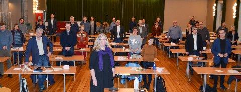 NEI TIL BOMFRITT ALTERNATIV: Ordfører Lillian Skjærvik (Ap) og flertallet i kommunestyret står bom fast på at det skal være bompenger på gamlevegen mellom Elverum og Løten. Bildet er tatt ved en tidligere anledning. April-møtet ble gjennomført digitalt.