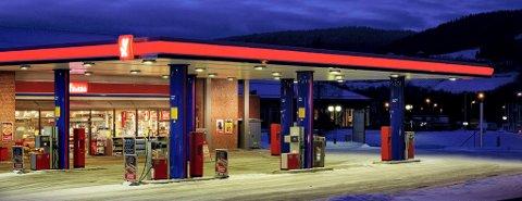 FØRSTE FASE: I denne omgang er det YX-stasjonene på Østlandet som tar i bruk Preem Evolution Bensin. Tre av stasjonene befinner seg i Sandefjord.