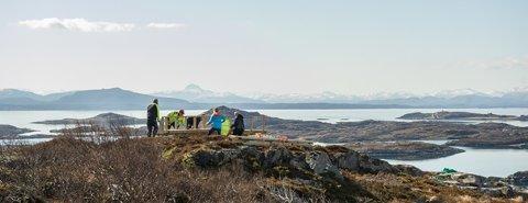 Det bygges ny gapahuk med spektakulær utsikt fra Smøla.