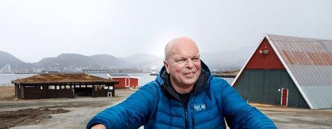 TRAVEL DAG: For Geir Flakken, museumsleder ved Norsk Sagbruksmuseum, blir fredag en innholdsrik dag. Da blir det intet mindre enn to markeringer på museet.