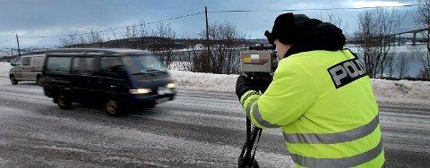 FØRERKORTBESLAG: Minst 26 personer har mistet førerkortet siden 12.. mars i vårt distrikt, enten på grunn av for høy fart, ruskjøring eller for uforsvarlig kjøring.  Arkivfoto