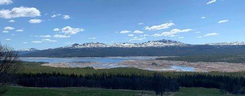 Tunhovdfjorden kommer til å ha en kontrollert oppfylling og nedtapping av vann, for ikke å skape flom lenger ned i Numedalslågen.