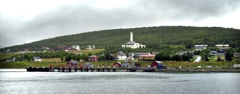 Kommunesenteret Hansnes i Karlsøy kommune.