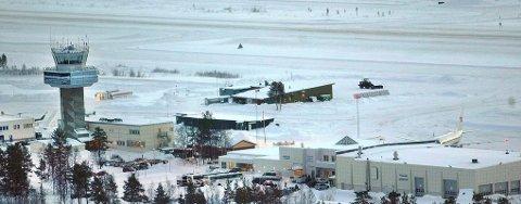 KALDEST I TROMS: Det ble målt 30,3 minusgrader på Bardufoss Lufthavn natt til fredag.