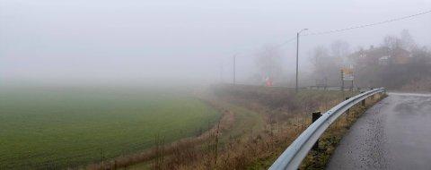FALKENSTEN: Den tjukke tåka har lagt seg over Horten igjen.