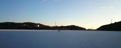 Skøyter på Tindsvannet 1.februar 2014