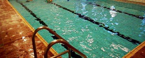 Lekkasje sørger for at svømmebassenget ved Svarholt skole må stenge.