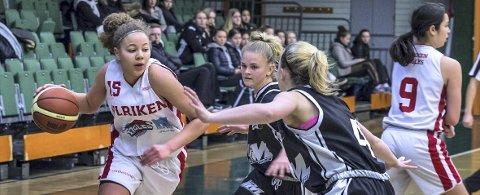 Karyn Sanford (til venstre) ble toppscorer i finalen med 22 poeng. (Foto: Astrid H. Gjerde)
