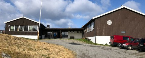 Gjesvær skole legges ned fra neste høst. Nå ønsker man å etablere Folkehøgskole her.