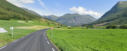 FARTSKONTROLL: I 60-sona på Håheim ved Skei hadde UP fartskontroll tysdag. 19 sjåførar fekk bot medan ein mista lappen etter å ha køyrt i 97 km/t.
