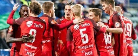 Nh-abonnentar kan sjå oppgjeret Brann-Rosenborg direkte på nordhordland.no søndag klokka 18.00.