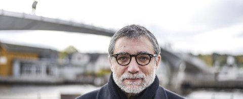 Jaume Plensa: 15. oktober i fjor var kunstneren Jaume Plensa i Fredrikstad for å finne et passende sted for gaven til byen.