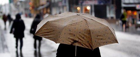 FAREVARSEL: Det advares mot mye regn og potensielle jordskred.