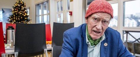 Jeg tror ikke at Norwegian kommer til å droppe andre destinasjoner og legge seg til Rygge, sier Olav Thon.