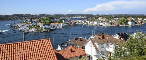Lyngør: Anonyme brevskrivere har varslet Tvedestrand kommune om fire navngitte huseiere som de mener bryter boplikten. IllustrasjonsfOTO